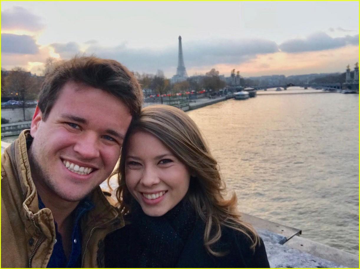 bindi irwin shares paris vacation photos 10