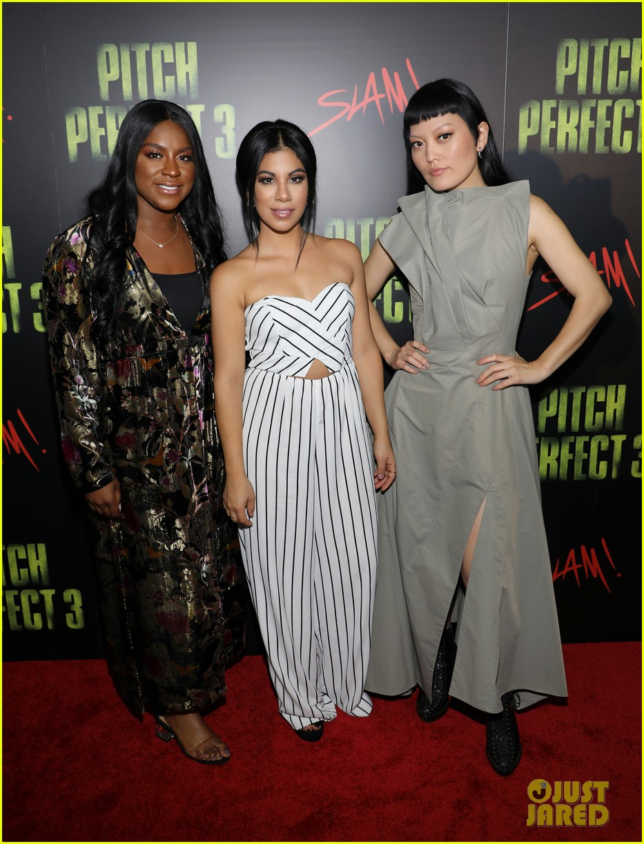 ester dean chrissie fit hana mae lee promote pitch perfect 3 in miami 03