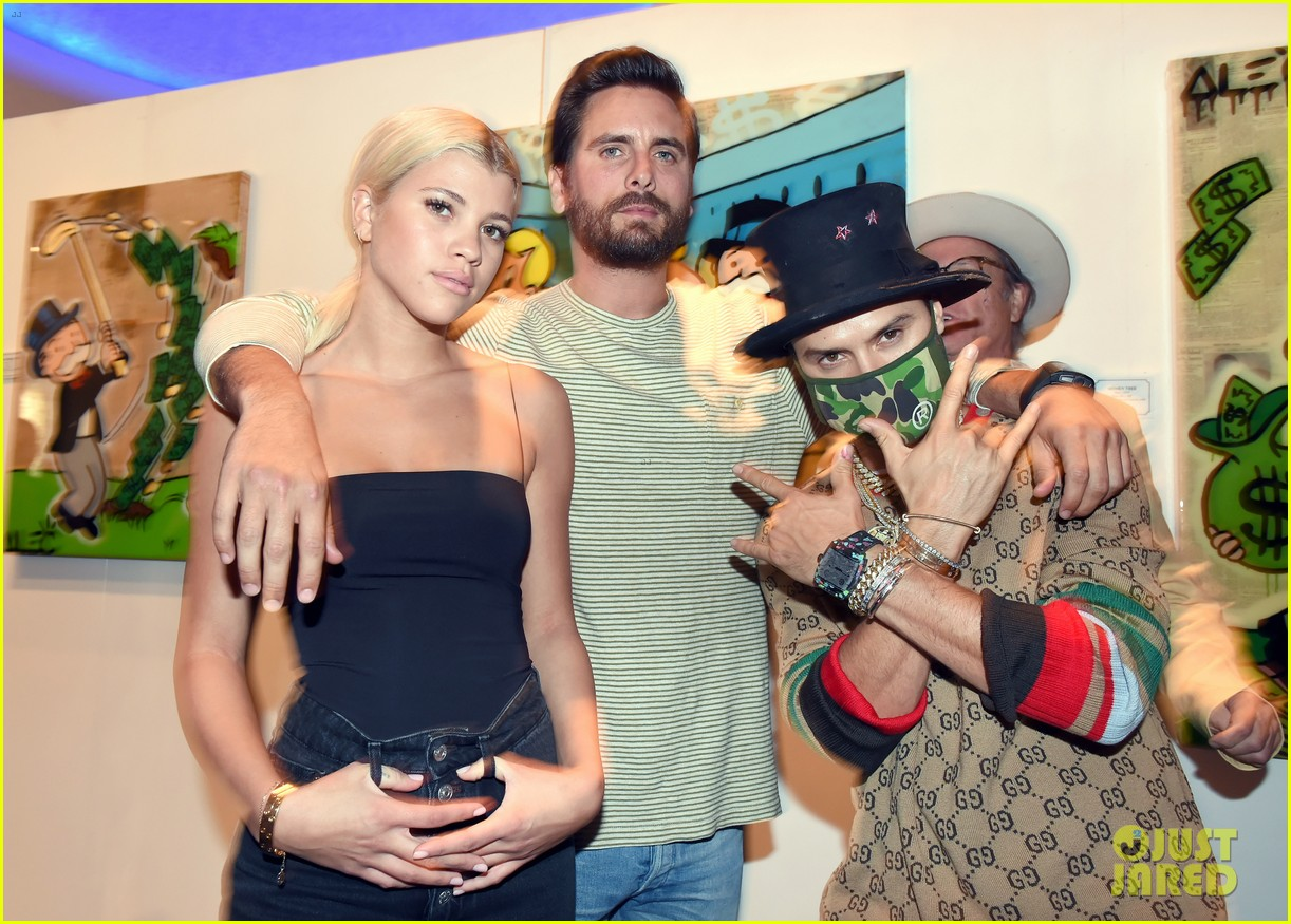 scott disick cuddles up to girlfriend sofia richie at art basel event 11