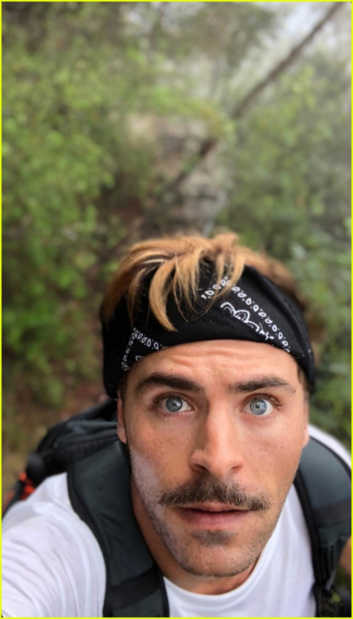 zac efron goes shirtless for christmas day hike 01