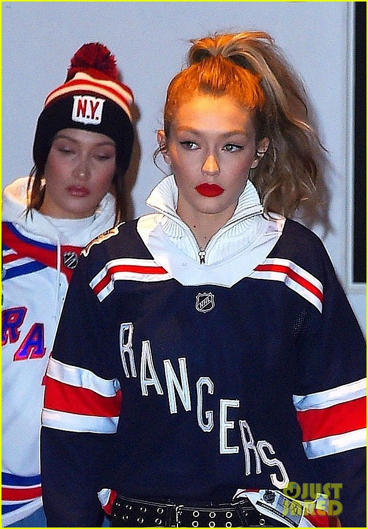gigi bella hadid head to a rangers hockey game in nyc 04