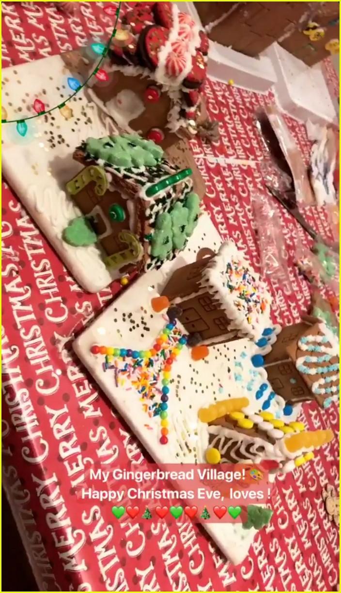 gigi hadid zayn malik families celebrate christmas 02