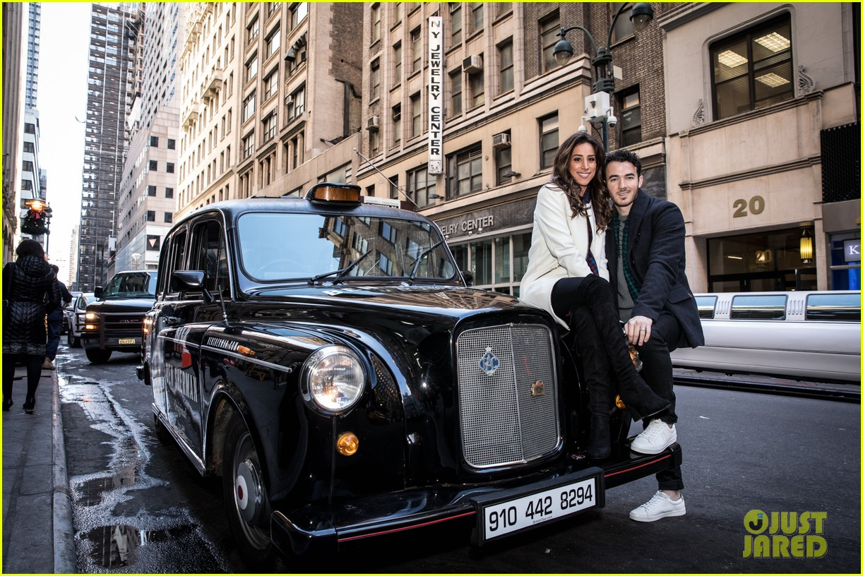 kevin jonas danielle jonas ben sherman taxis sophie join family quotes 04