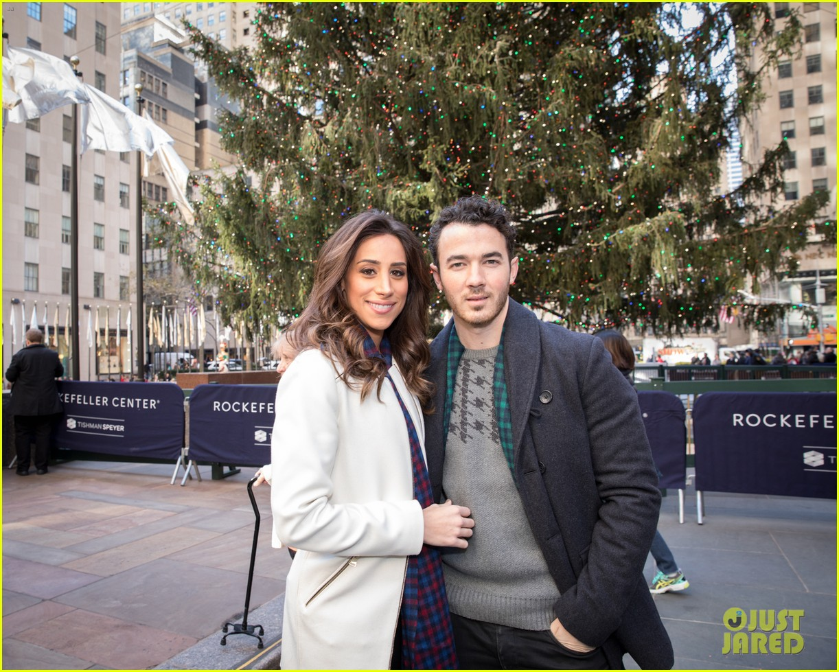 kevin jonas danielle jonas ben sherman taxis sophie join family quotes 05
