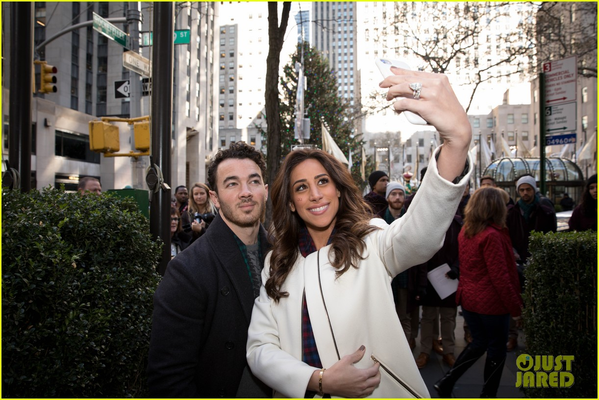 kevin jonas danielle jonas ben sherman taxis sophie join family quotes 16