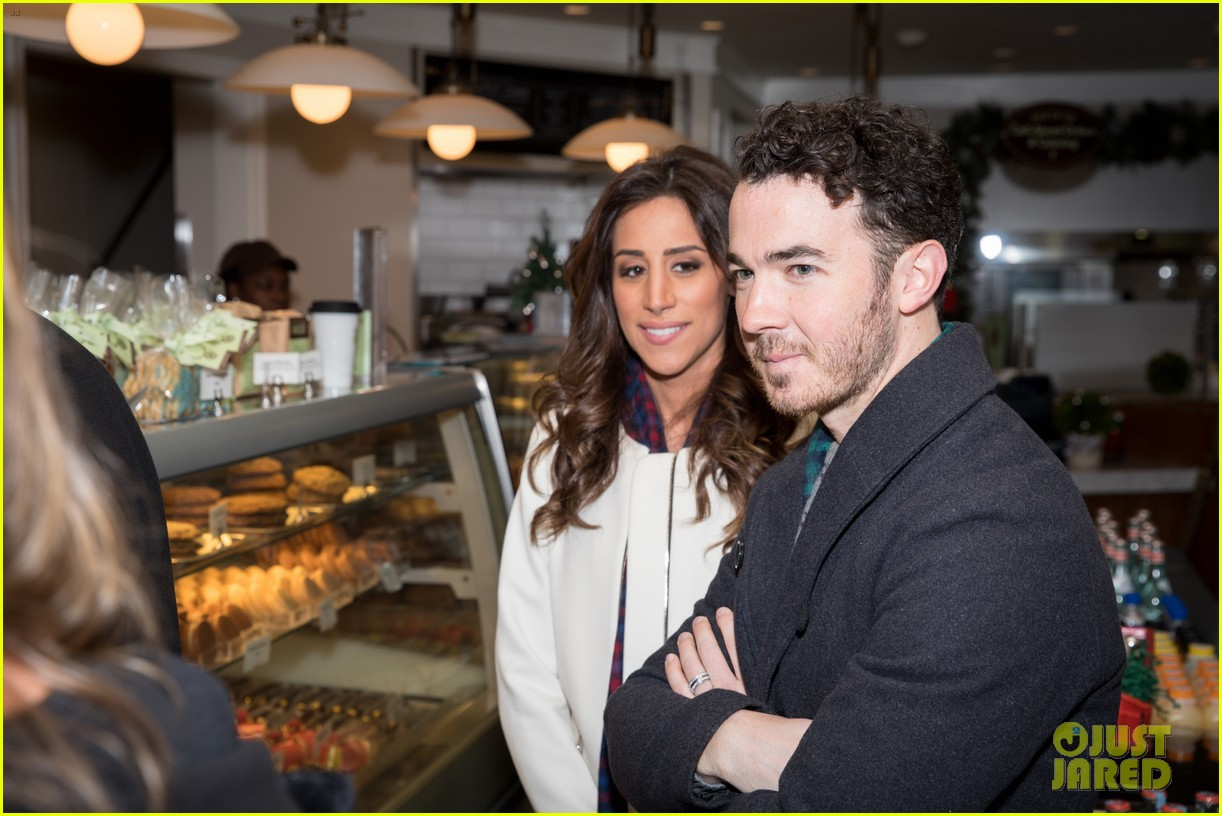 kevin jonas danielle jonas ben sherman taxis sophie join family quotes 17