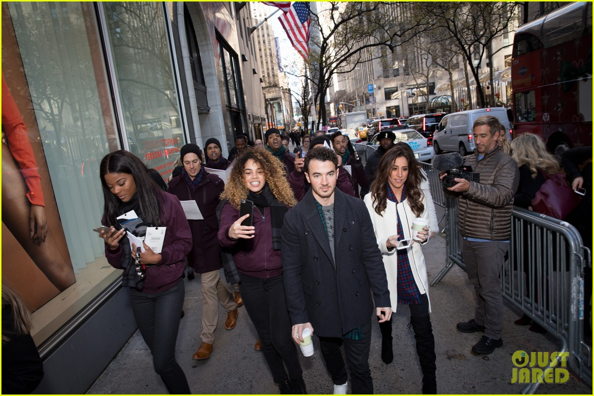 kevin jonas danielle jonas ben sherman taxis sophie join family quotes 22