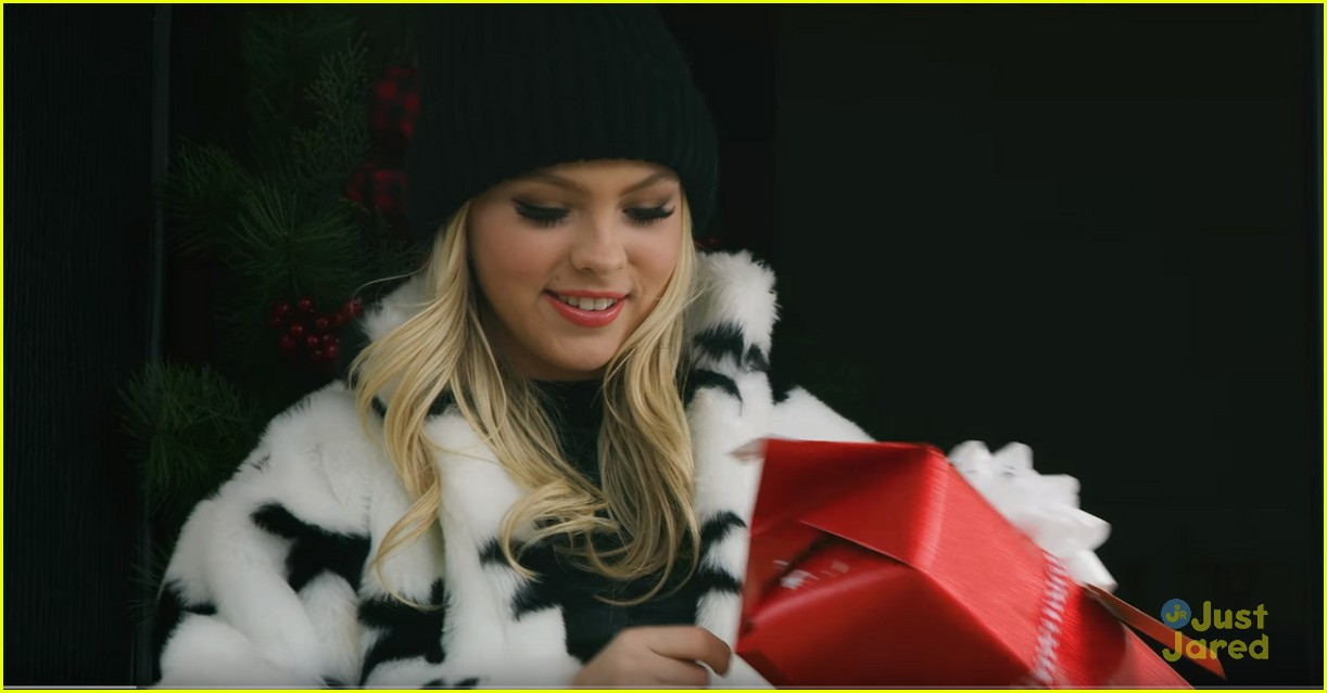 jordyn jones best christmas ever video 01 - Best Christmas Music Videos