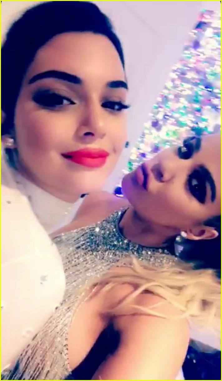 Kendall Jenner Celebrates Christmas Eve with Pregnant Sister Khloe ...
