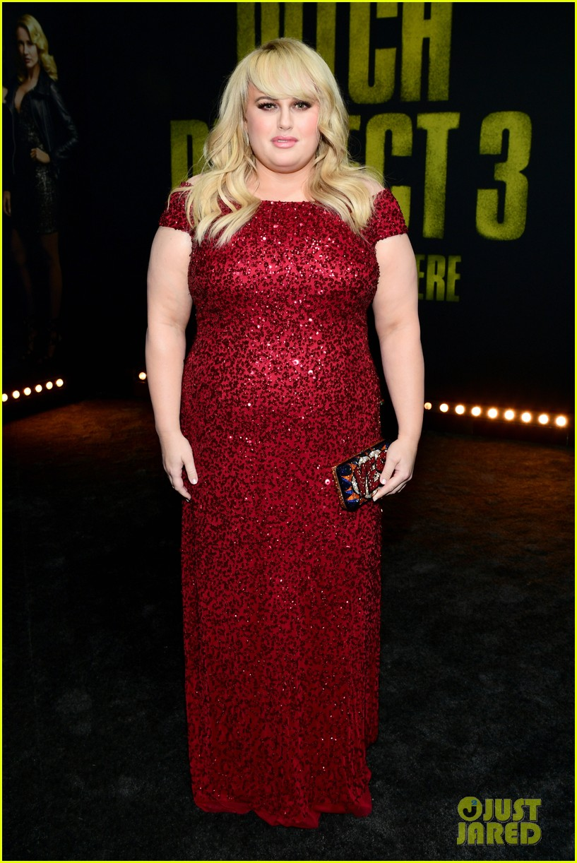 anna kendrick rebel wilson pitch perfect 3 premiere 15