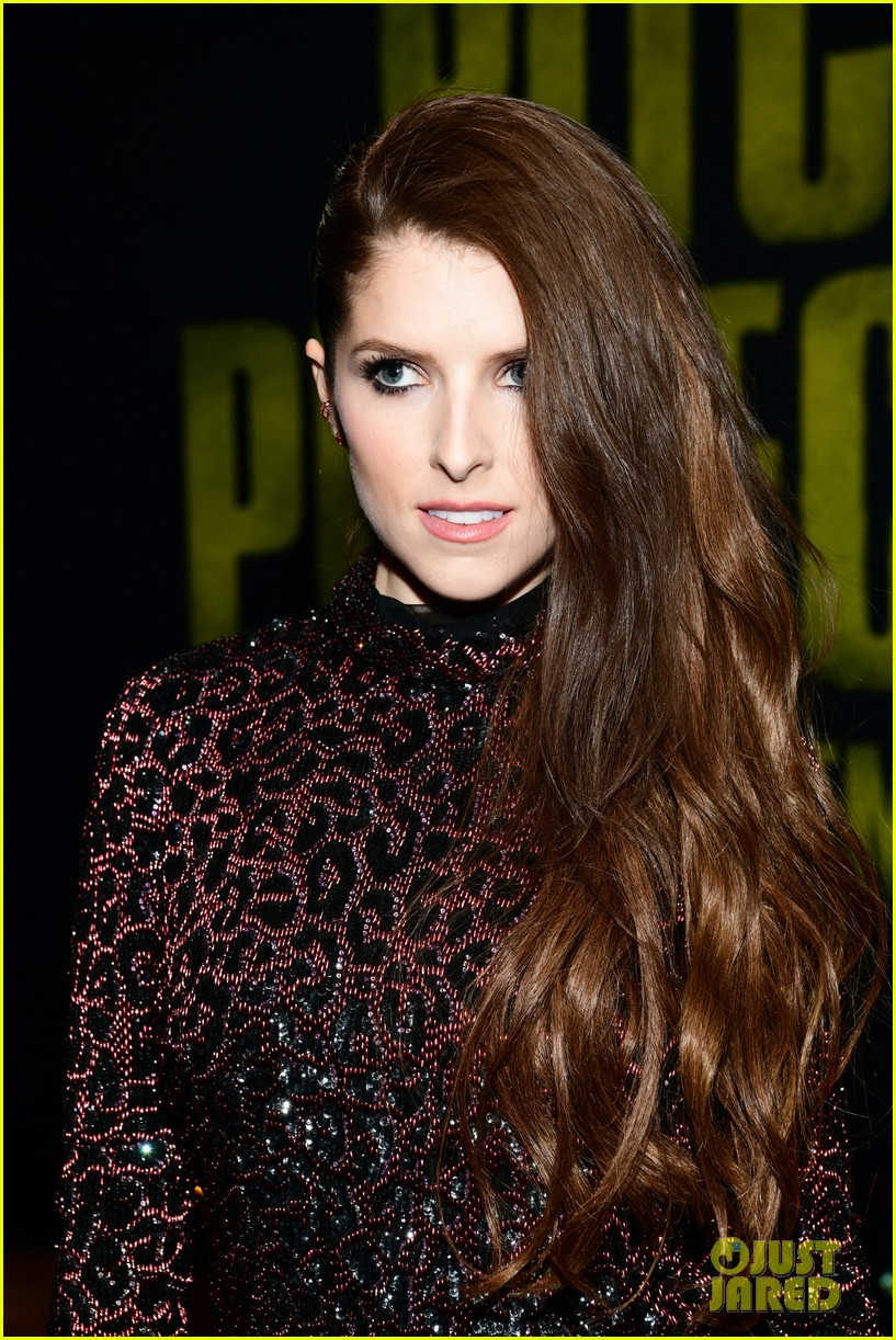 anna kendrick rebel wilson pitch perfect 3 premiere 26