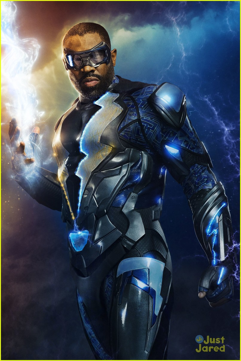 black lightning first pics new trailer watch 03