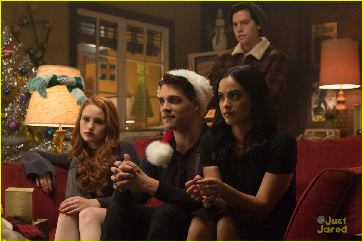 Betty S Serpent Dance On Riverdale Was Supposed To Make