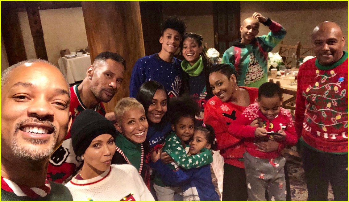 Willow Jaden Smiths Mom Made Them Wear Ugly Christmas Sweaters