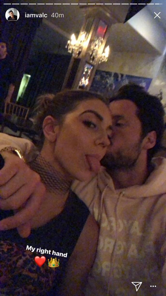 val chmerkovskiy jenna johnson take love nyc pics 06