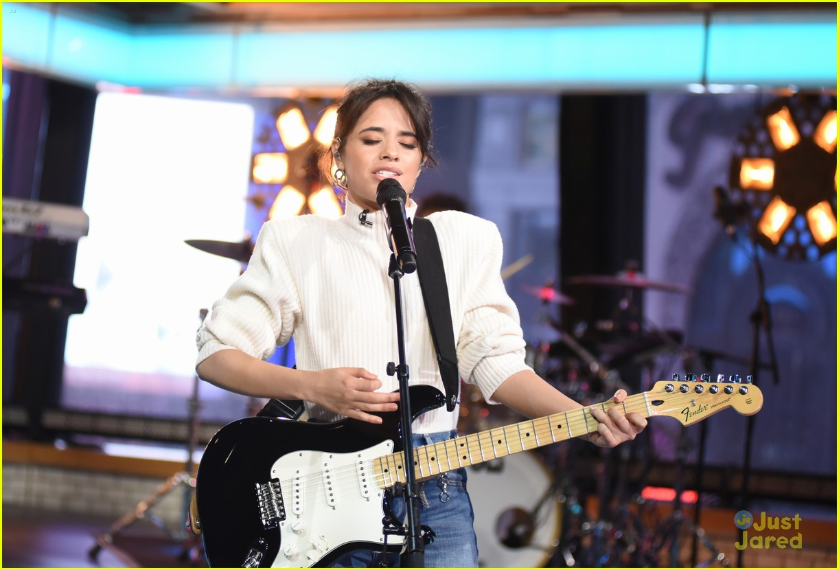 camila cabello gma performance thank you note 08
