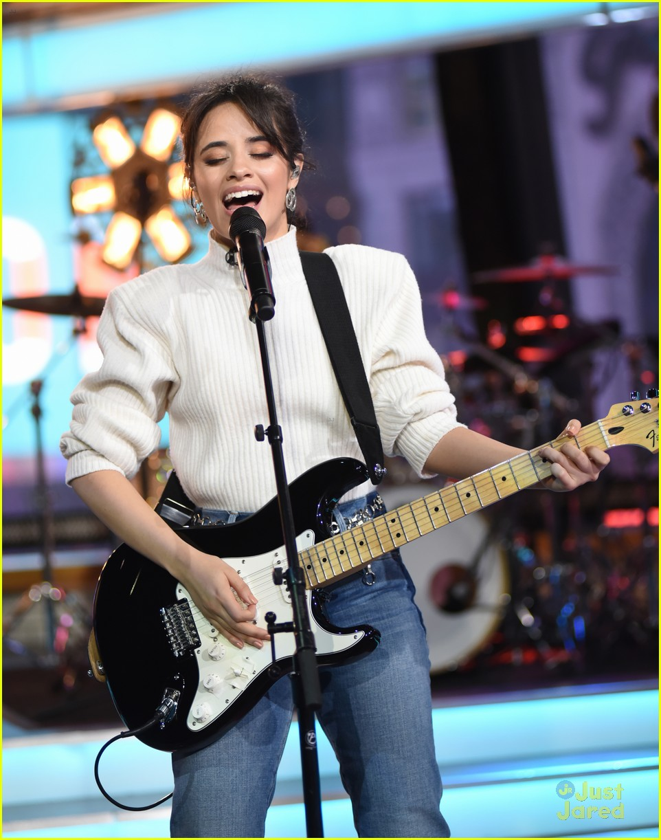 camila cabello gma performance thank you note 10