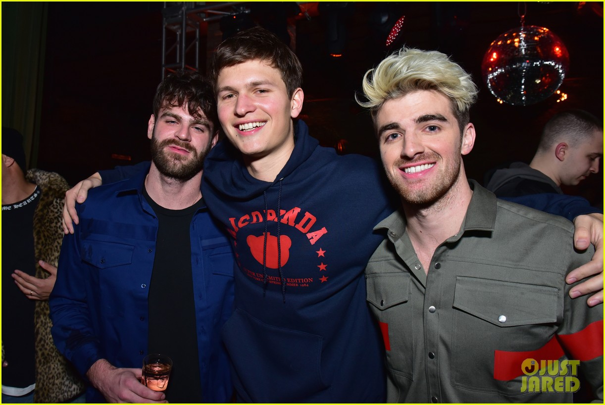 the chainsmokers prep for grammys mcdonalds 01
