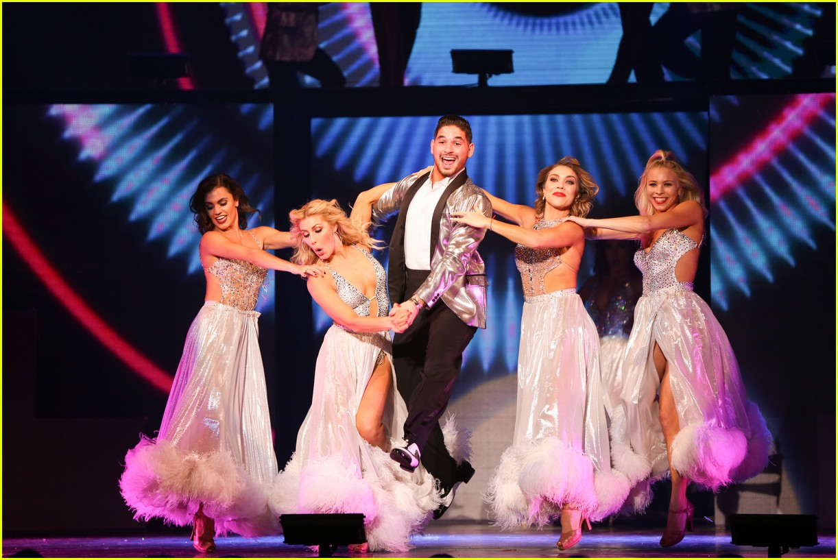 dwts light up night tour pics 03