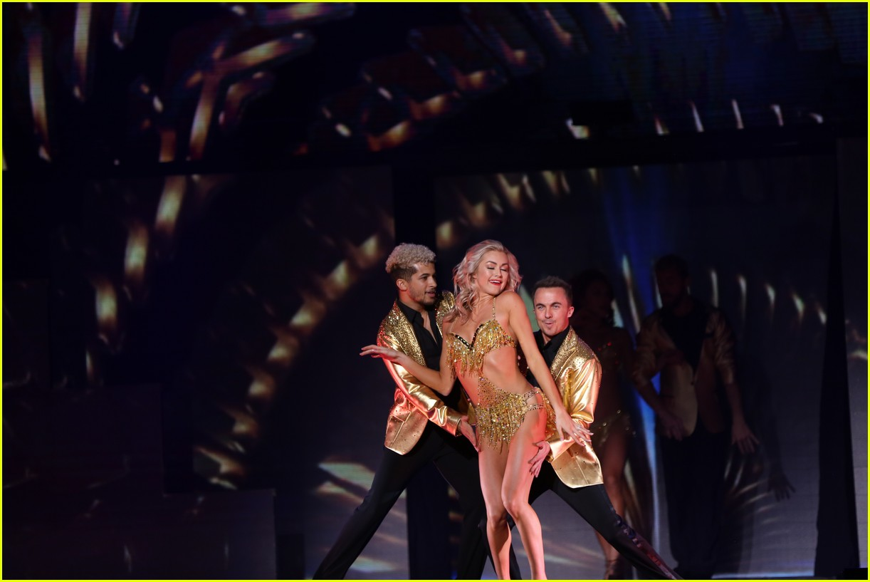 dwts light up night tour pics 22