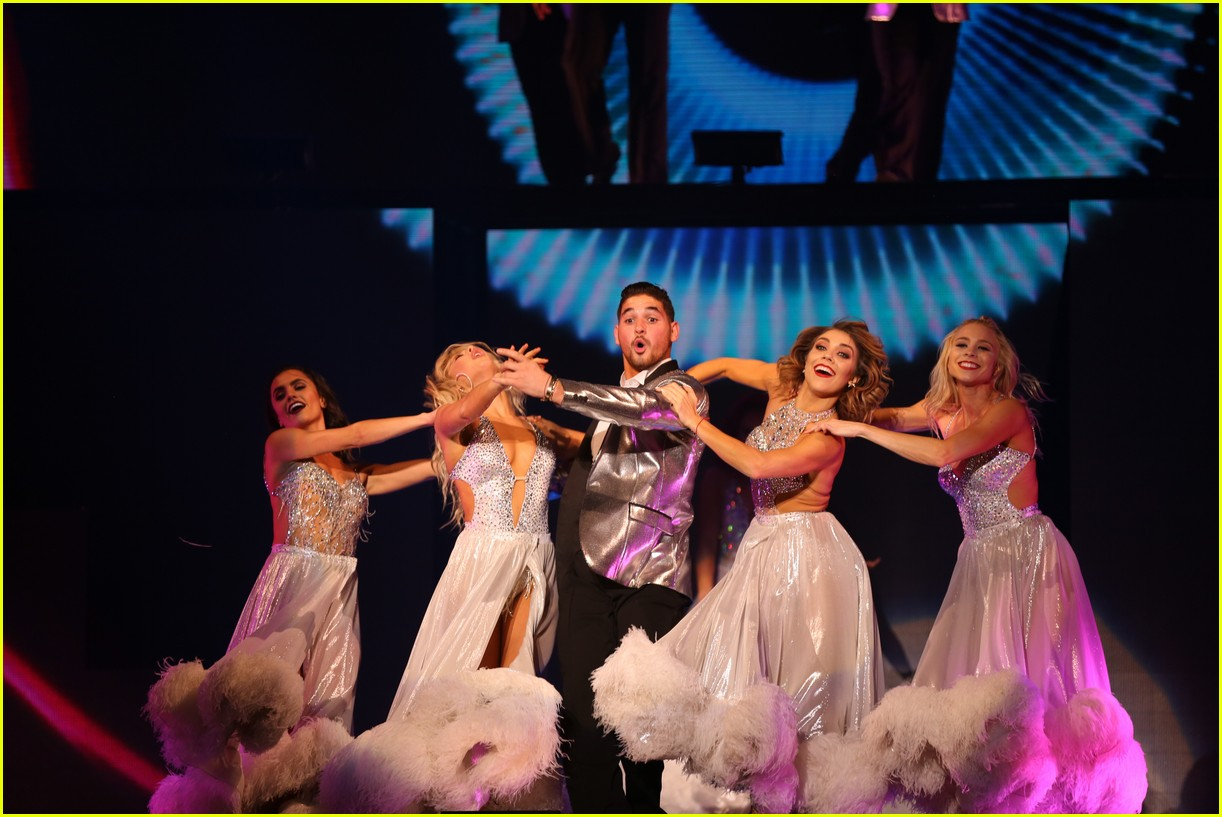 dwts light up night tour pics 51
