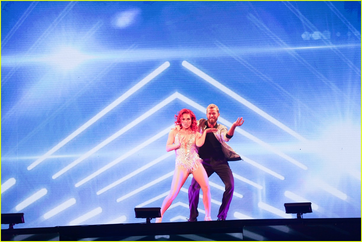dwts light up night tour pics 58