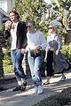 dakota fanning grabs lunch with sister elle boyfriend henry frye 01