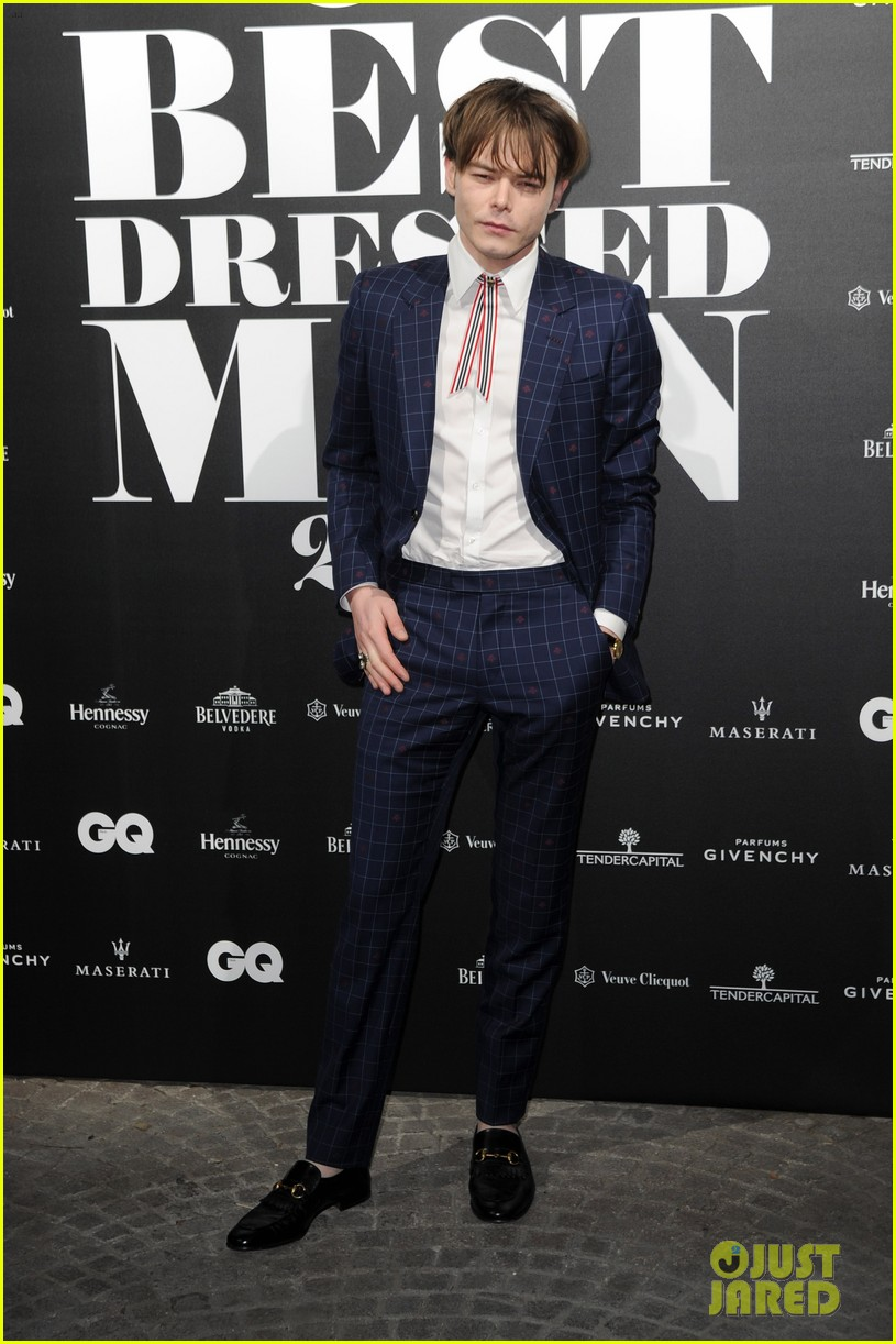 charlie heaton patrick gibson look so stylish at gq best dressed event 08