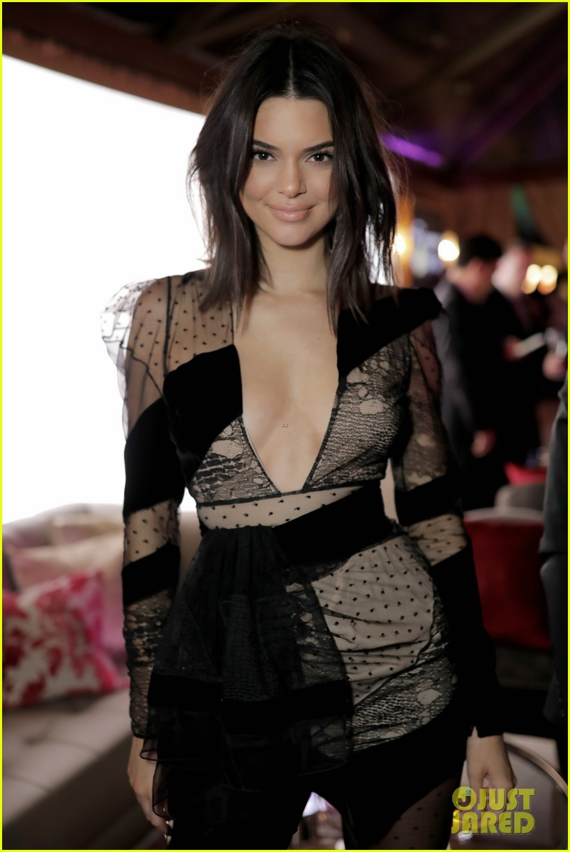 kendall jenner hailey baldwin buddy up at instyles golden globes after party 02