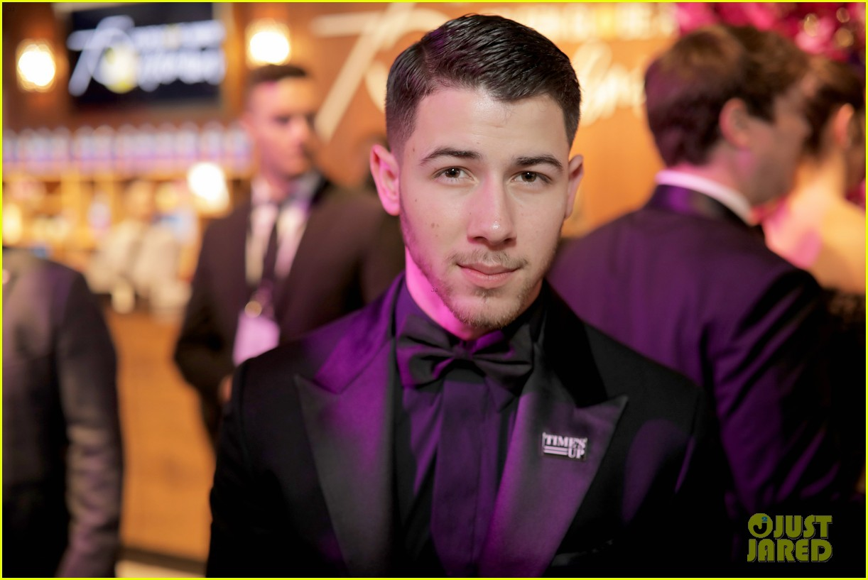 joe jonas nick jonas golden globes 2018 04