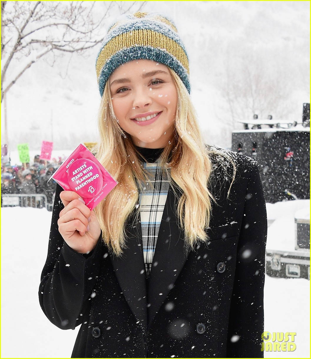 chloe moretz womens march rally sundance 02