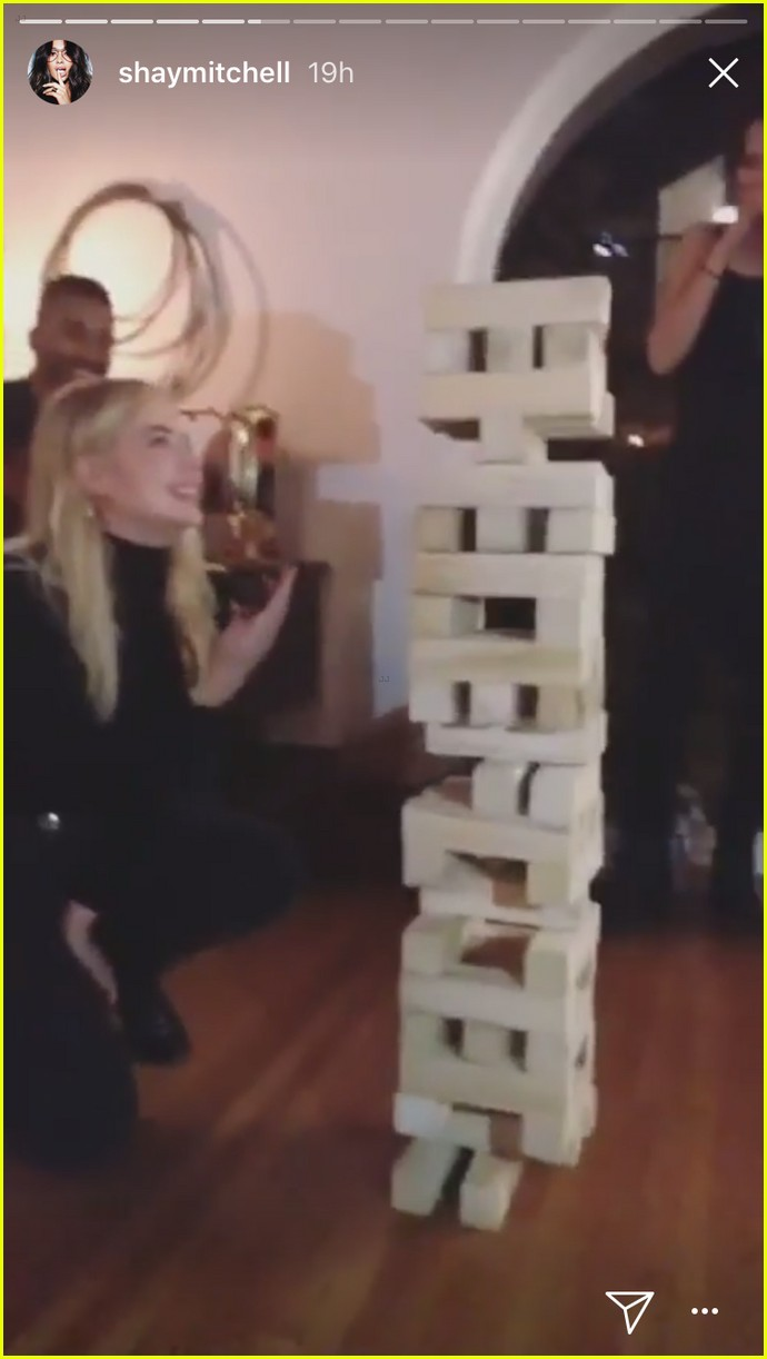 pll party weekend ash shay troian jenga 02