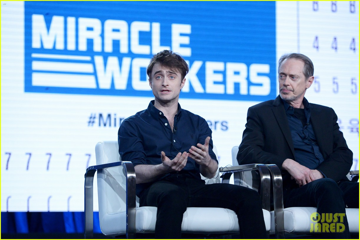 daniel radcliffe and steve buscemi bring miracle workers to winter tca tour 2018 20