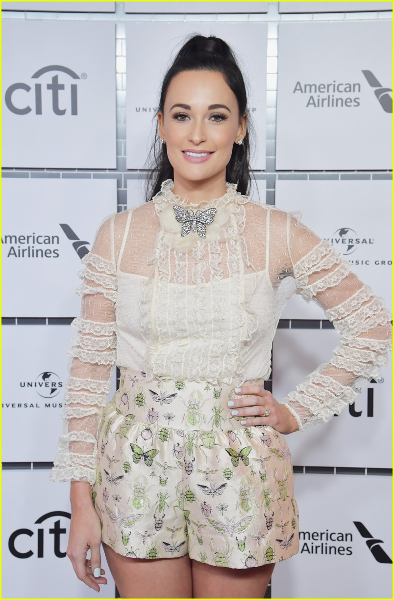 sam smith kacey musgraves attend lucian grainge pre grammys 14