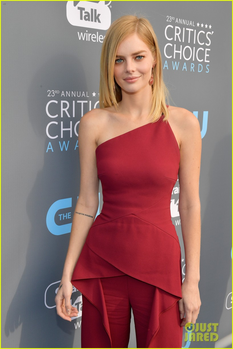 skyler samuels patrick schwarzenegger present together at critics choice awards 2018 06
