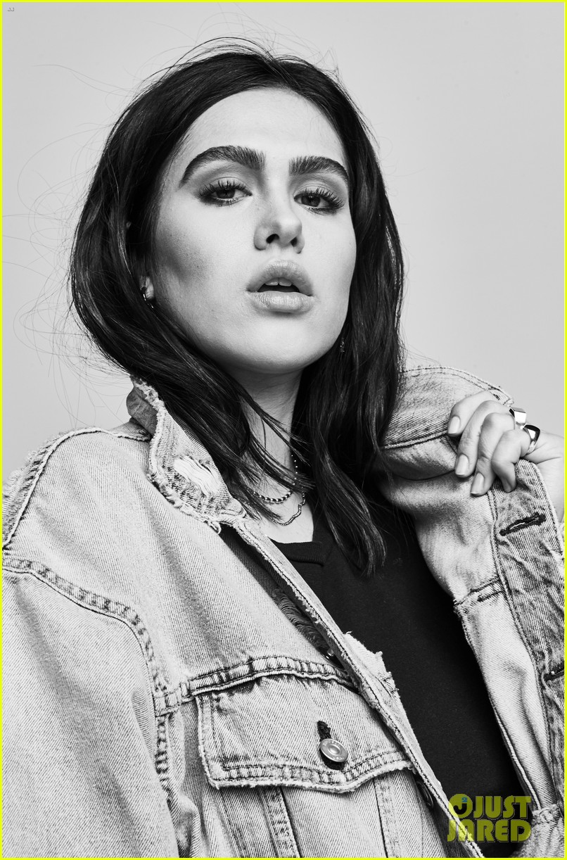 amelia gray hamlin stars in hudson jeans spring summer campaign 01