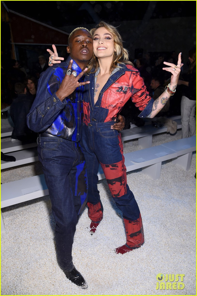 millie bobby brown hangs out with asap rocky paris jackson at calvin klein  nyfw show2 18