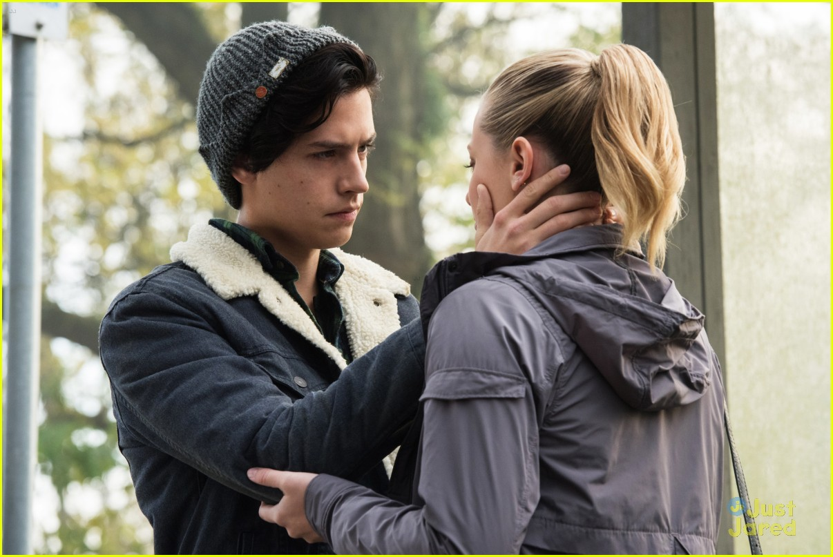 cole sprouse bughead belong together 03