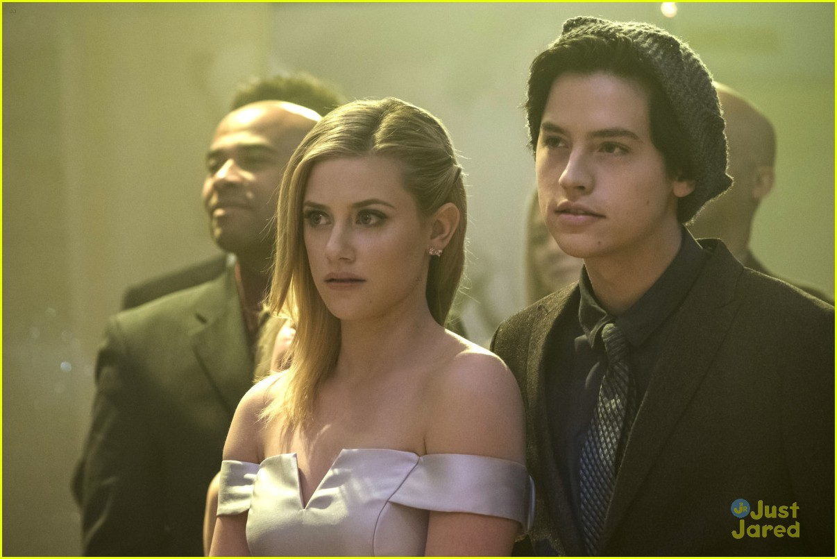 cole sprouse bughead belong together 06