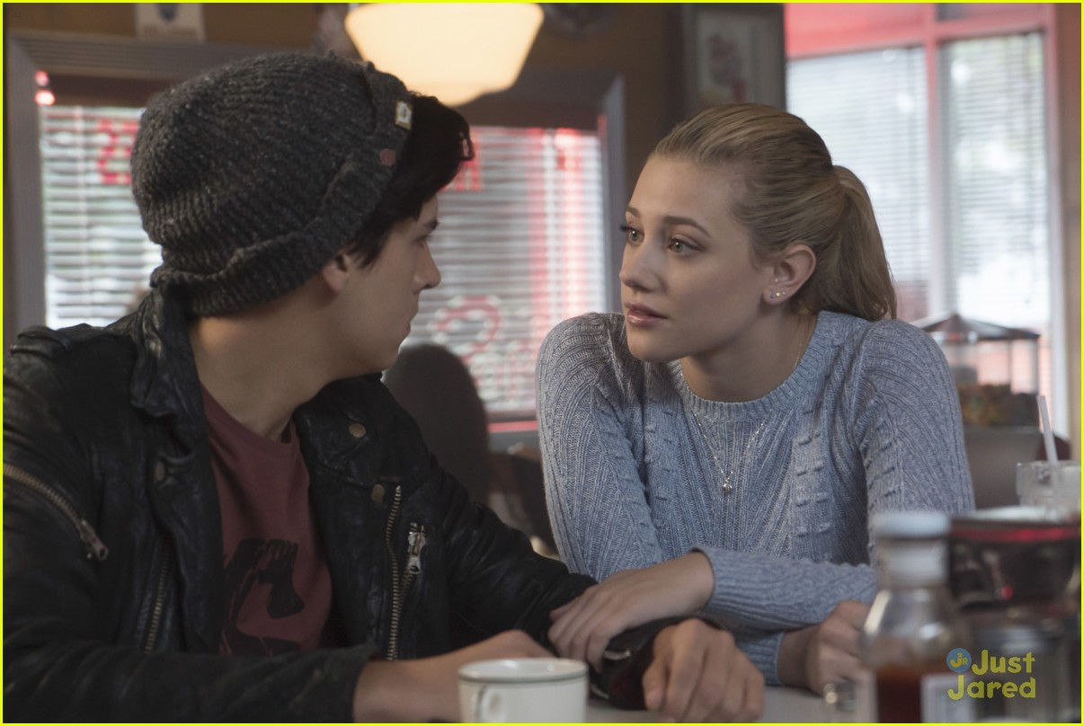 cole sprouse bughead belong together 10