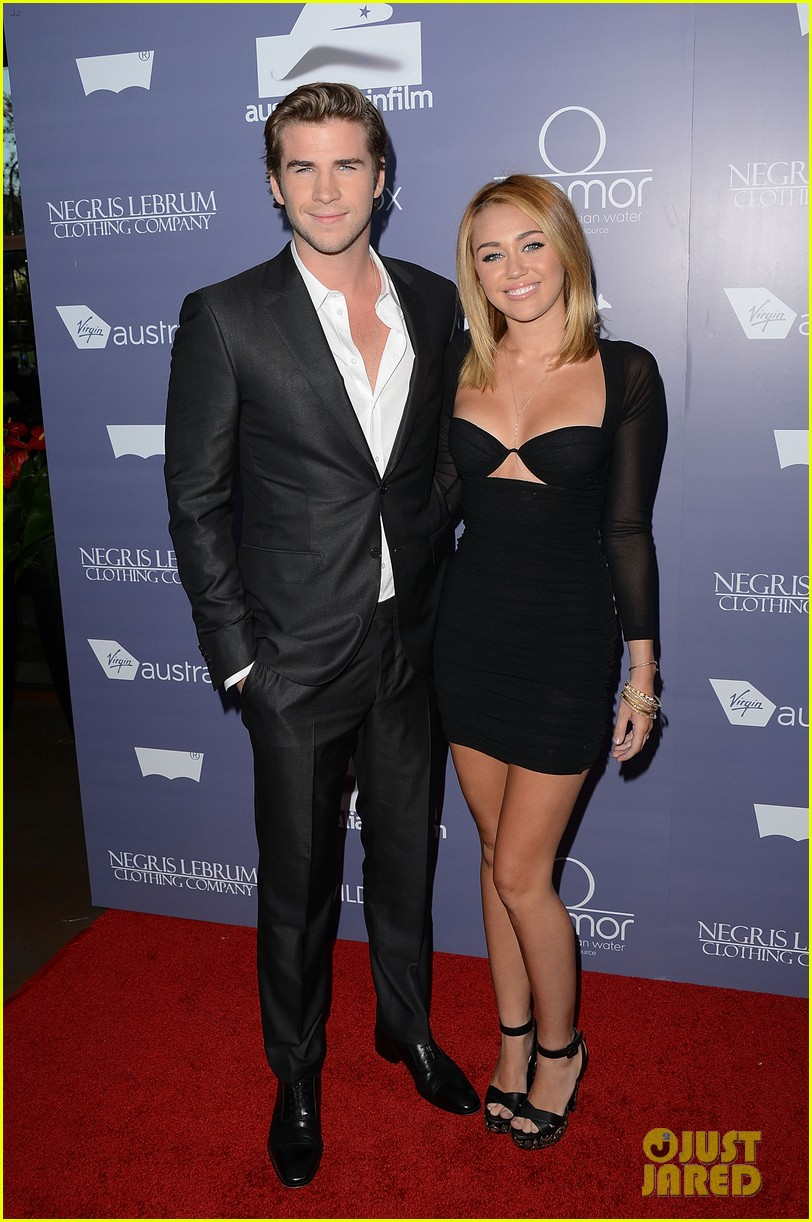 miley cyrus sends liam hemsworth valentines day love with cute video 02
