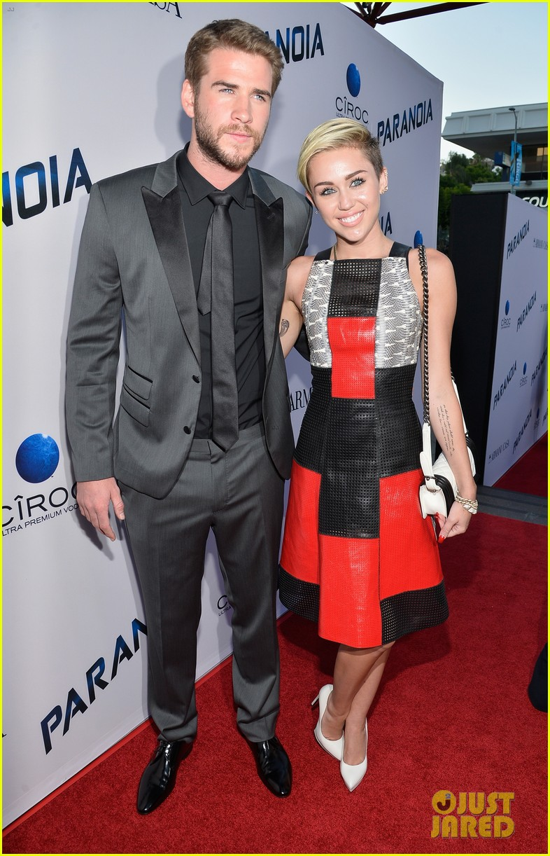 miley cyrus sends liam hemsworth valentines day love with cute video 03