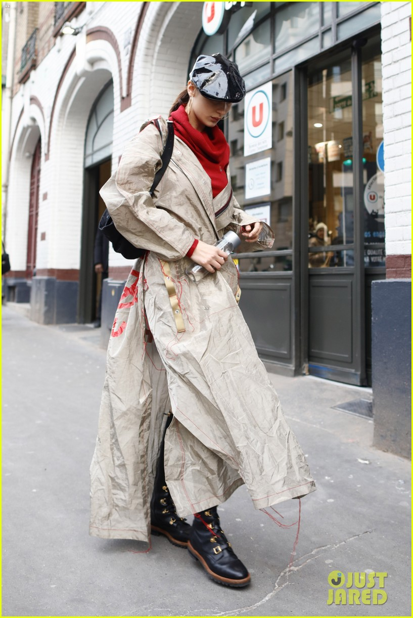 gigi bella hadid out about in paris 04