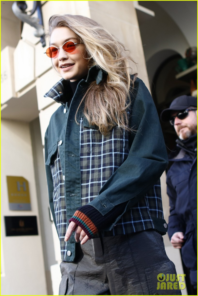 gigi bella hadid out about in paris 08