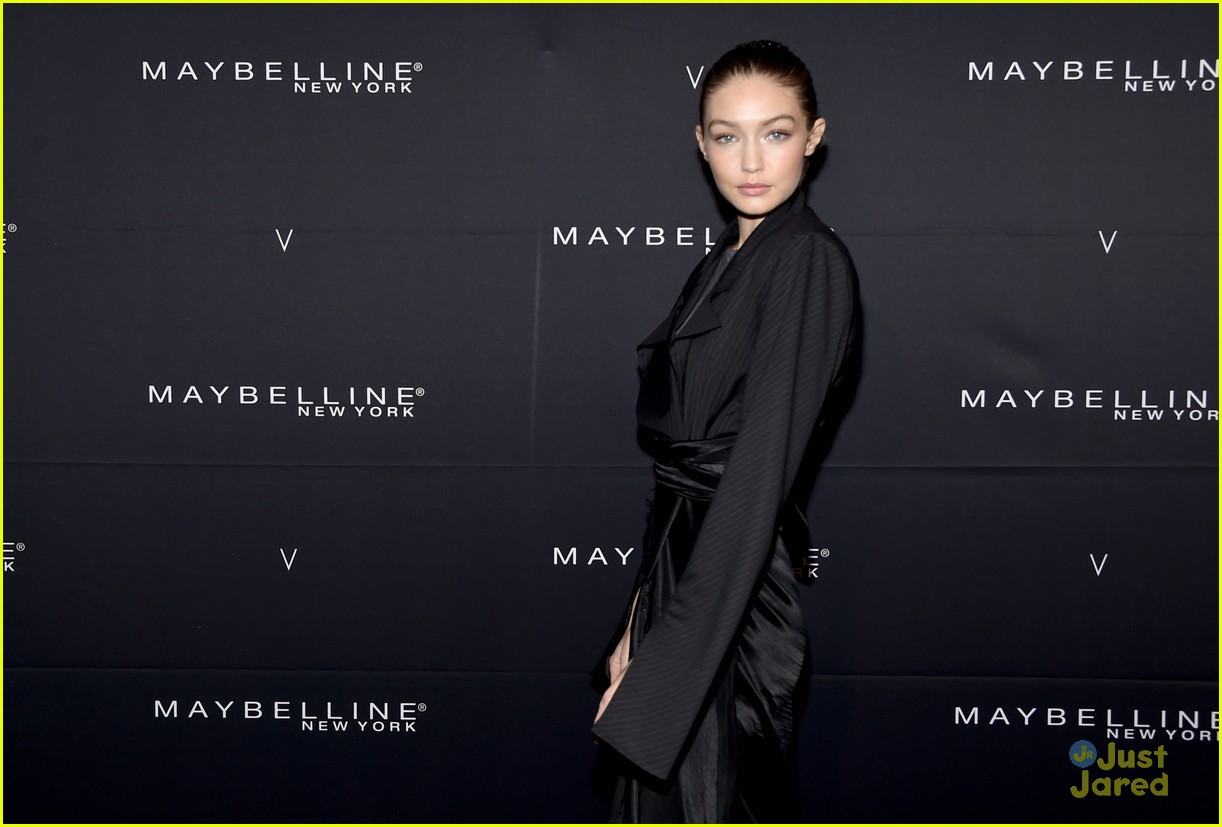 gigi hadid hasimoto disease tweets maybelline party 11