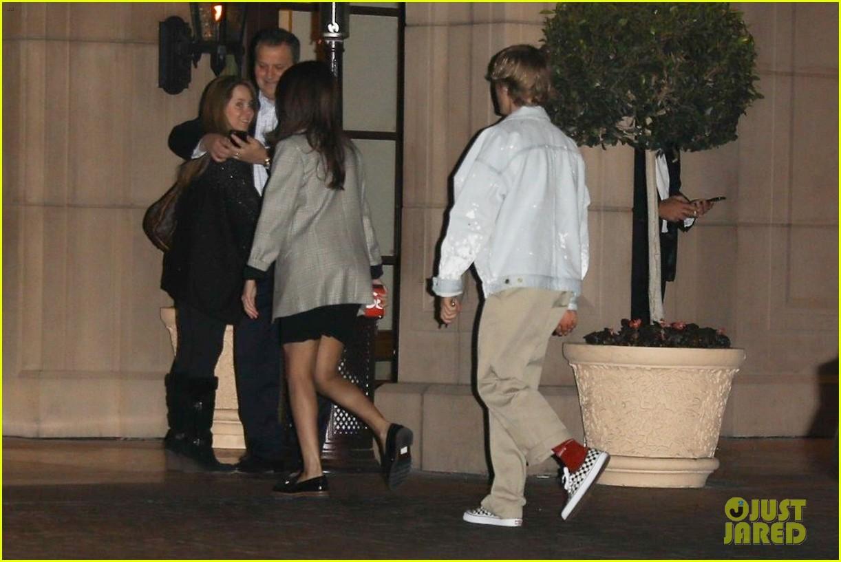 Justin Bieber & Selena Gomez Spend Valentine's Day ...