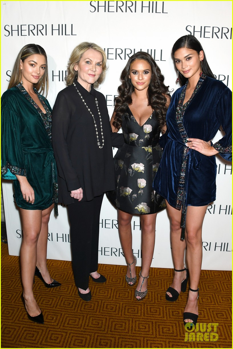 eva gutowski and niki and gabi support sailor brinkley cook at sherri hill fashion show 61