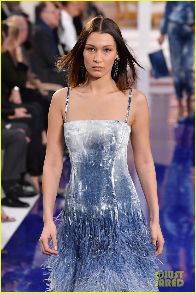 bella hadid anwar hadid and joan smalls slay the catwalk at ralph lauren fashion show 08