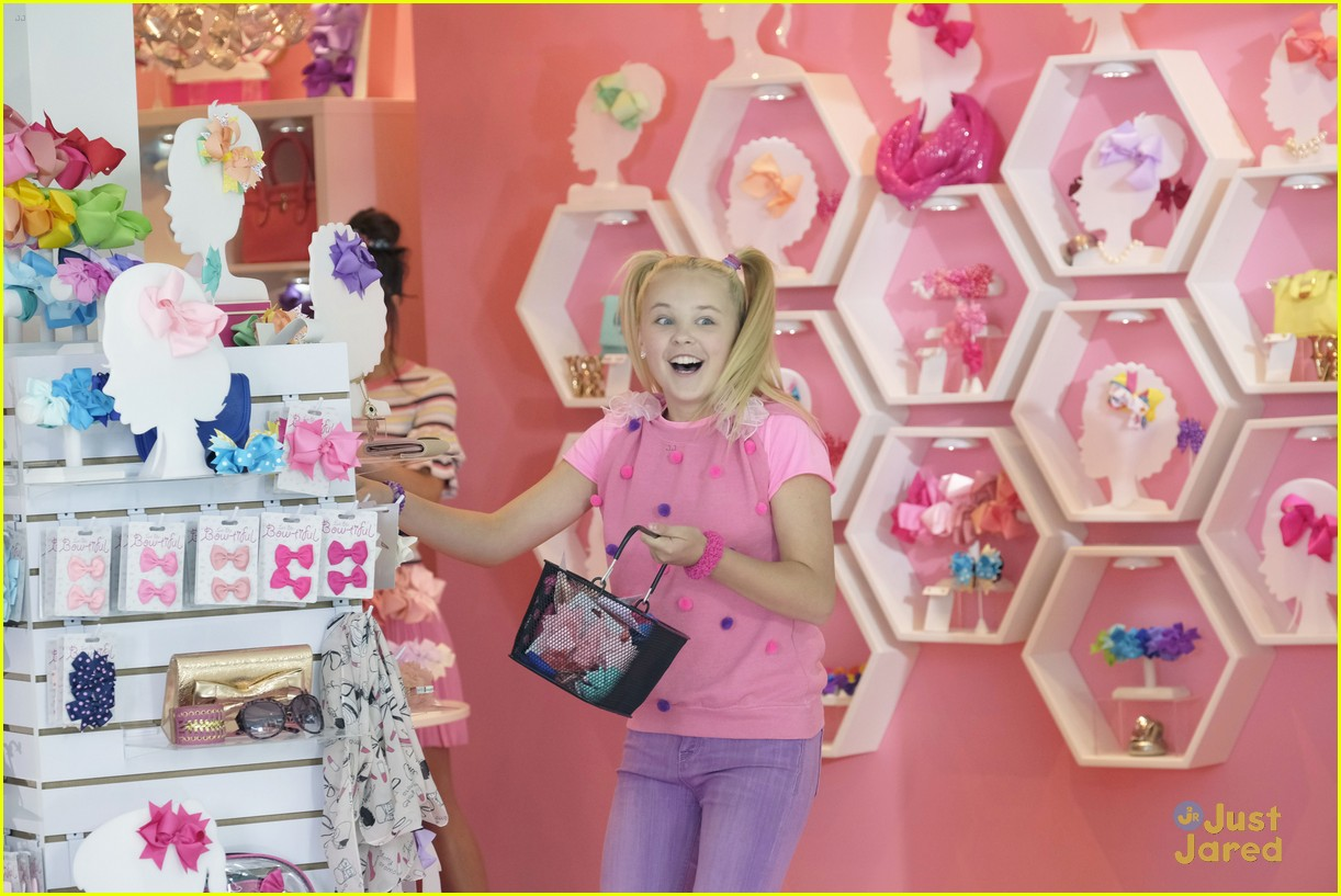 Jojo Siwa Has A Totally Different Hairstyle In New Movie