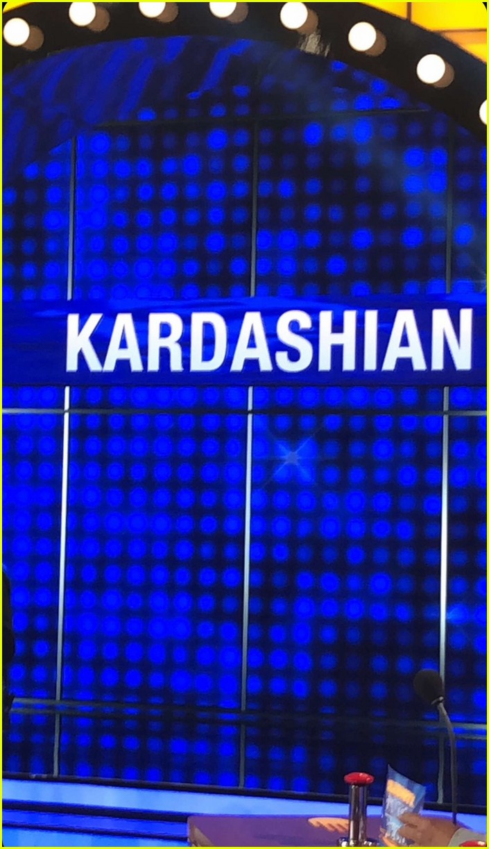 kim kardashian khloe kardashian kanye west kendall jenner family feud 04
